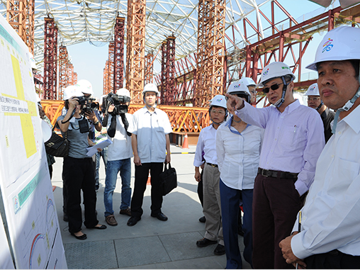 Premier Chen inspects Kaohsiung convention center
